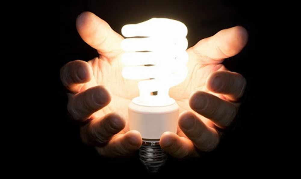 چشمک زدن لامپ کم مصرف را با 3 راه حل طلایی رفع کنید اما چگونه؟